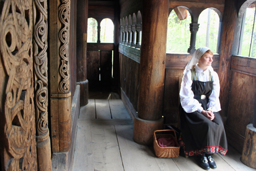 Stave-Church_Norsk_Folkemuseum03